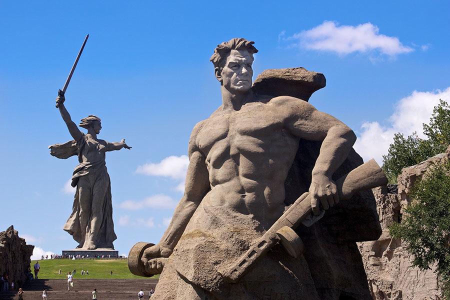 Реставрация скульптуры «Родина-мать зовет» оценена в 60,5 млн рублей
